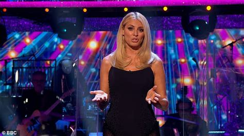 Strictly's Tess Daly exudes glamour as she flaunts her ...