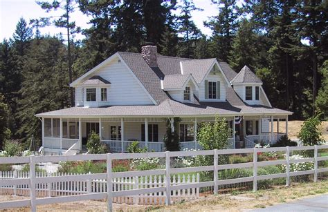 20 Wonderful Simple House Plans With Wrap Around Porches