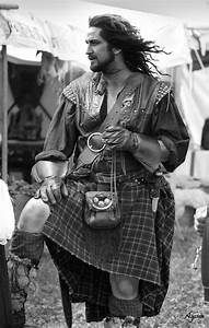 Ramblings From This Chick: Man Candy Monday-Men in Kilts