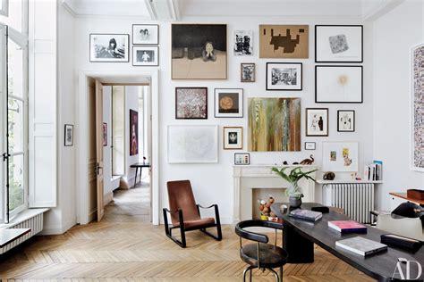gallery walls  joanna gaines joy cho