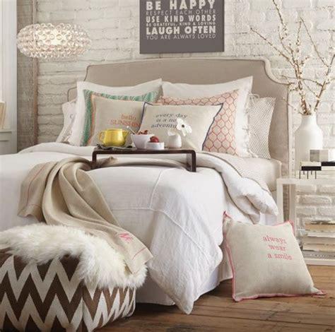 chambre couleur taupe et blanc chambre couleur taupe une déco cosy et esthétique