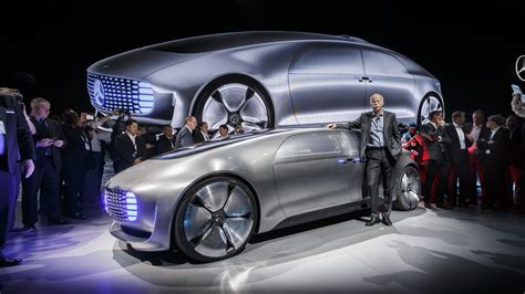 Official Mercedes F 015 Luxury In Motion Concept Debuts