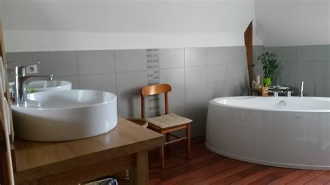 chambre d hote tourgeville chambre d 39 hotes chateau de courtemanche parennes