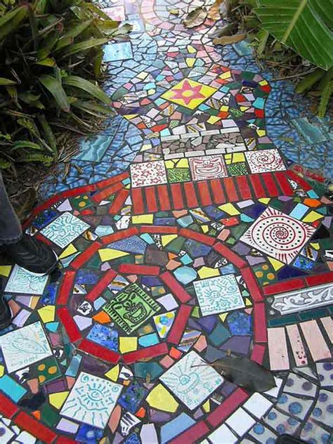 garden finance 28 diy mosaic projects for your garden