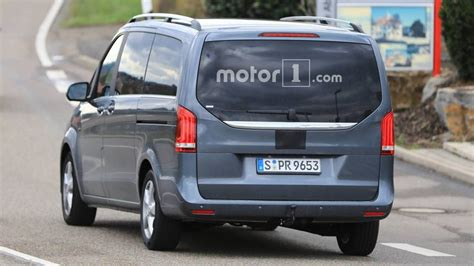 Mercedes V Class Photo by Mercedes V Class Facelift Spied Testing With Less
