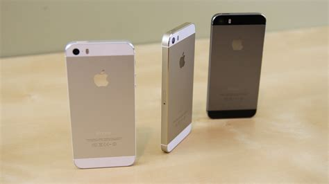 iphone 5s colors apple iphone 5s vs 5c comparison w features huffpost Iphon