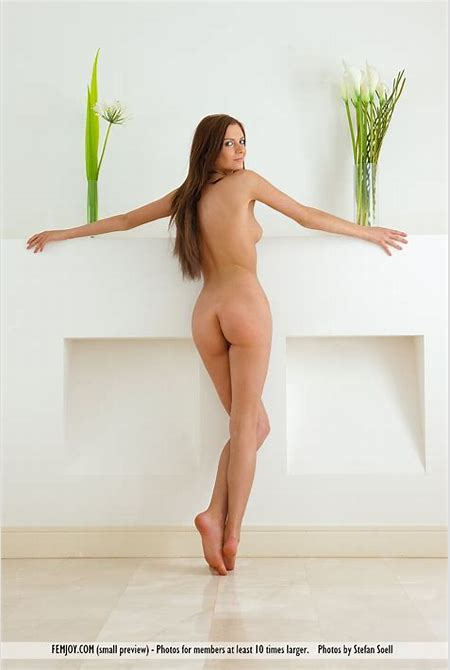 Trimmed pussy beauty in nude art shoot » FemJoy « Free Erotic Nude Teen Pictures @ Sexy Nudes