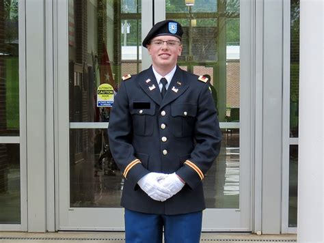 Chastain Graduates Commissioned In Us Army The News