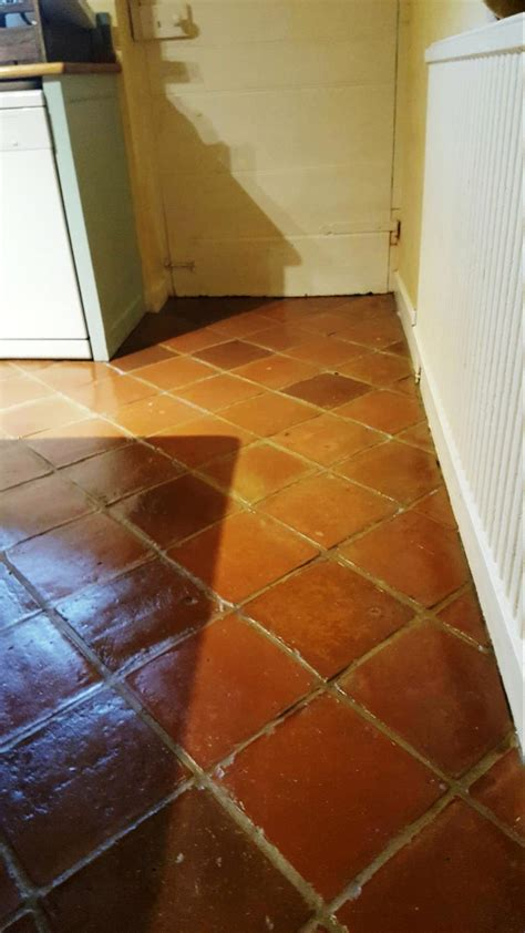 cleaning kitchen tile floor restoring terracotta tiles in cheshire cleaning tile 5455
