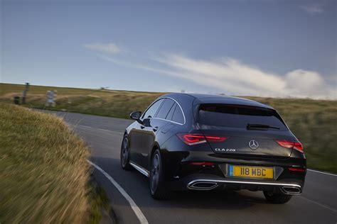 El cla shooting brake es un turismo familiar derivado del cla coupé, modelo con el que comparte plataforma y la mayoría de elementos mecánicos. 2020 Mercedes-Benz CLA Shooting Brake - Dailyrevs