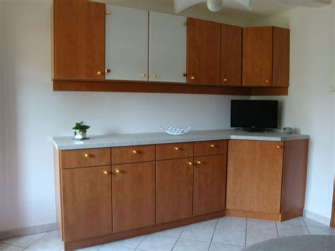 modele placard cuisine modele de placard de cuisine dootdadoo com idées de conception sont intéressants à votre décor