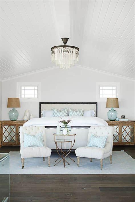 top  ways  decorate     bed