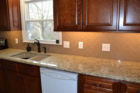 champagne glass subway tile kitchen backsplash images