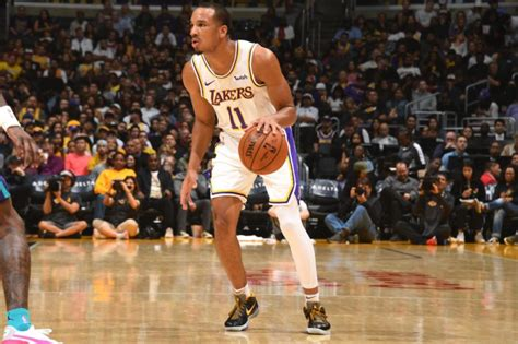 REPORT: Avery Bradley Will Sit Out NBA Restart in Orlando