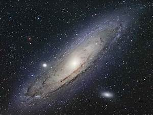 galaxy   astronomy :: The distance to the Andromeda Nebula ...