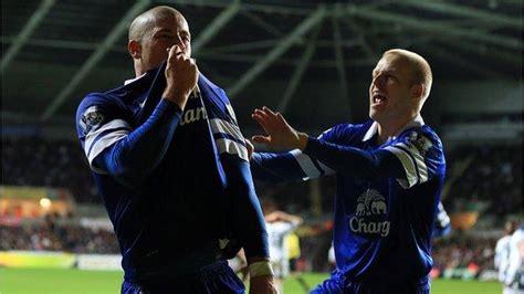Ross Barkley: Everton midfielder can star for England says ...
