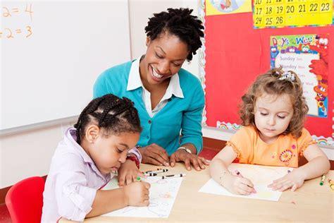 should my autistic child go to preschool 584 | 142025850 56a054015f9b58eba4afe740