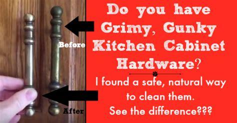 clean kitchen cabinet hardware  knobs