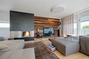 Wohnzimmer Wand Holz : wandverkleidung holz modernes wohnzimmer kamin ecru sofa ~ Lizthompson.info Haus und Dekorationen