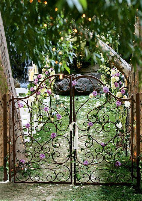 select  wedding flower arrangements bridalguide