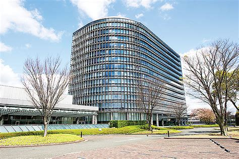 toyota corporate headquarters japan toyota corporation headquarters gearheads org