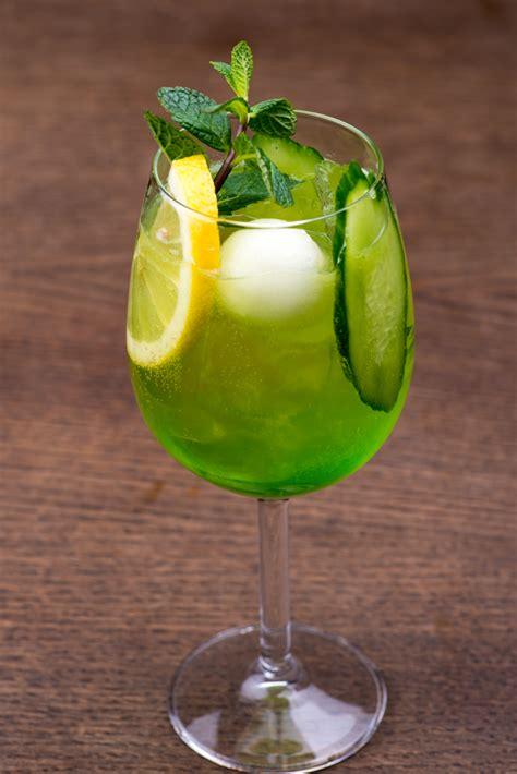 cocktails  midori liqueur cocktails  midori midori