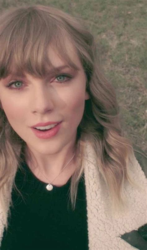 Taylor Swift Debuts New Onetake 'delicate' Video On