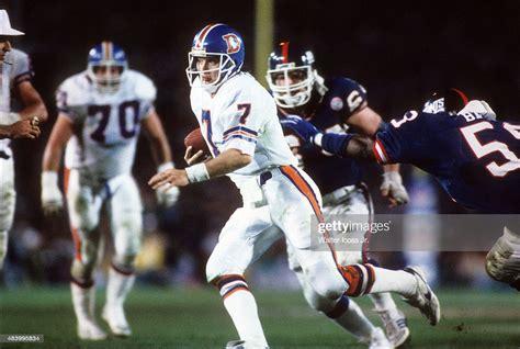 Denver Broncos Qb John Elway In Action New York Giants At