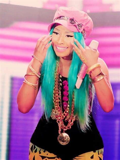 Nicki...love her style!!! | Life size barbie, Nikki minaj ...