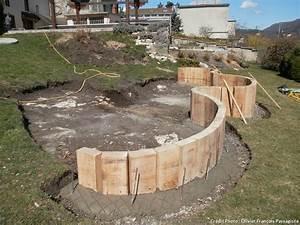 pas a pas creer un bassin sur un terrain en pente With amenagement exterieur maison terrain en pente 11 creer une terrasse en bois sur un terrain en pente