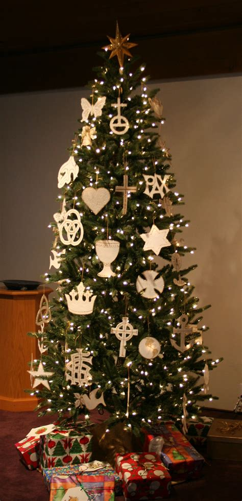 christian christmas tree ornaments on how to make chrismons
