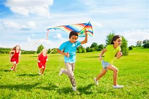 Summer Fun: The Health Benefits of Playing Outside | Room ...