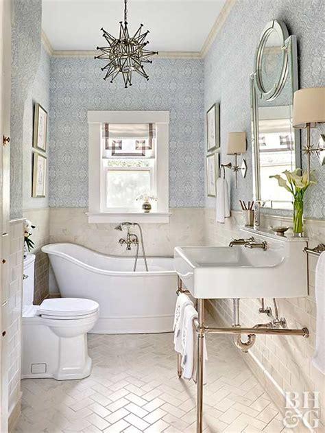 traditional bathroom decor ideas  homes gardens