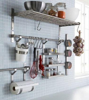 ikea cuisine rangement rangement cuisine avec barre et étagères ikea