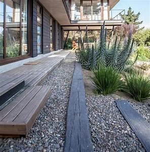 1000 idees sur le theme gravier de jardin sur pinterest With marvelous quelles plantes pour jardin zen 0 quelles plantes pour son jardin sec idees et conseils utiles