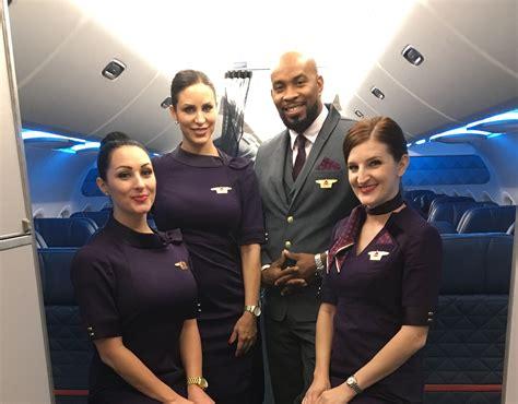 cabin attendants jet cabin attendant www topsimages