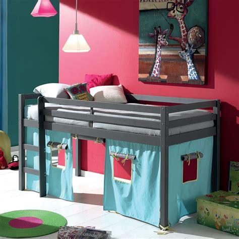 petit canapé chambre ado lit mi hauteur un lit qui évoluera en même temps que