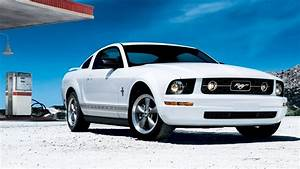 White Mustang - High Definition Wallpapers - HD wallpapers
