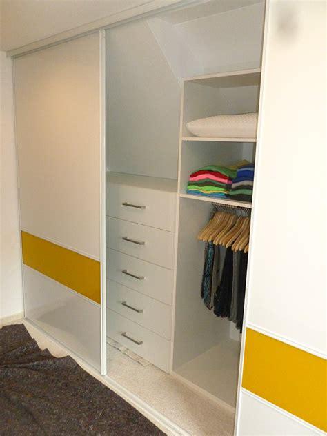 Kleiderschrank Mit Dachschräge by Gleitt 252 Ren Und Schiebet 252 Rsysteme F 252 R Dachschr 228 Ma 223 Genau