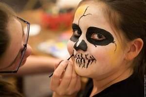 Schminken Zu Halloween : kinder schminken kinder gesichter schminken zu halloween handmade kultur ~ Frokenaadalensverden.com Haus und Dekorationen