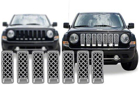 chrome jeep patriot jeep patriot chrome grille insert overlay trim 2011 2016