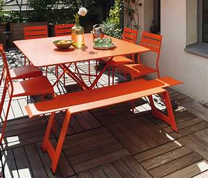 fermob cargo colourful designer metal table for 8 people With chaise de jardin fermob