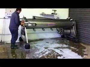 Nettoyage De Tapis : essorage nettoyage lavage de tapis youtube ~ Melissatoandfro.com Idées de Décoration
