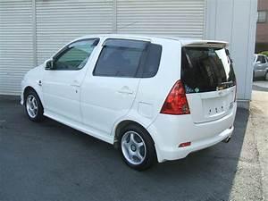 Daihatsu Yrv Turbo White
