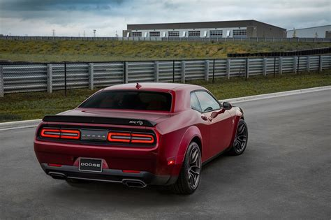 hellcat challenger 2018 dodge challenger srt hellcat widebody is a demon