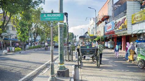 tempat wisata  jogja dekat malioboro bisa jalan kaki