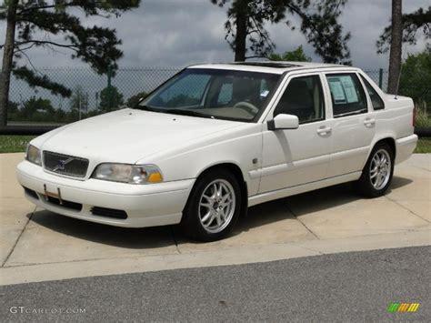 2000 Volvo S70 by White 2000 Volvo S70 Glt Se Exterior Photo 47546153