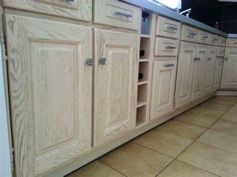 comment repeindre un bureau en bois peinture meuble cuisine stratifie 28 images peinture