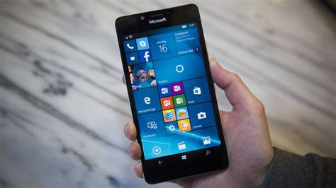 microsoft lumia 950 review a disappointing windows 10