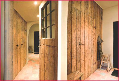 porte en bois porte placard coulissante bois massif